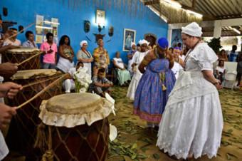 Terreiros de candomblé em Salvador passam a ter mesmo direito de igrejas