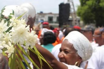 Fiéis do candomblé reforçam tradição na BA e reverenciam Oxalá no Bonfim