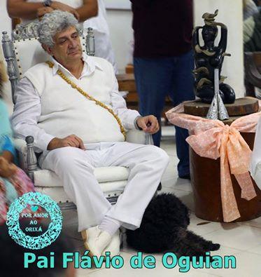 Foto : Por amor ao Orixá - Prof. Dr. Babalorixá José Flávio Pessoa de Barros